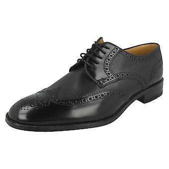 Miesten Paavalin Frankin nauhakiinnitys reikäkoristeinen kävelykenkä kengät Arlington