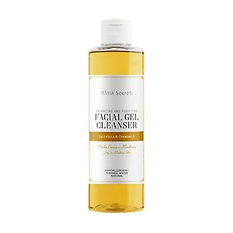 Soft and soothing Calendula & Chamomile Cleansing Gel 250 ml of gel