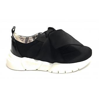 Sneaker Fondo Running Love Moschino en satén negro con lazo de mujer Ds19mo12