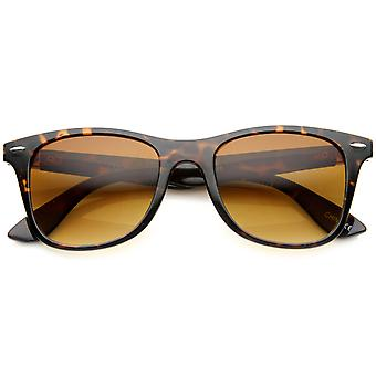 Modern Plastic Horn Rimmed Sunglasses Metal Temples