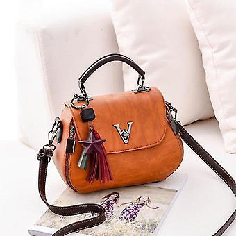 Leather Saddle V Style Luxury Handbags