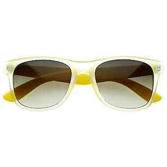 Retro modne nowe matowe Neon kolor w dwóch odcieniach klasyczne róg oprawkach okularów przeciwsłonecznych