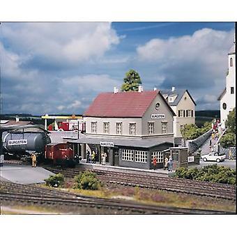 Piko H0 61820 H0 Burgstein railway station