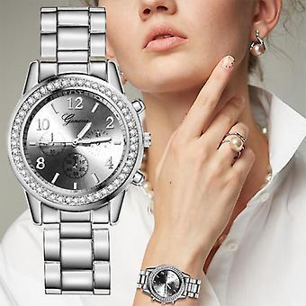 Rhinestone Quartz Luxury Silver Wrist Watch