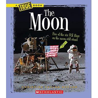 The Moon (New True Books: Space)