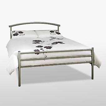 Brennington Bed-metal