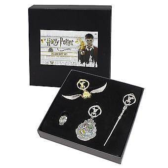 Harry Potter Deluxe Gift Set  4- teilig, bedruckt, aus Metall (Zinn), in Sammlerbox.