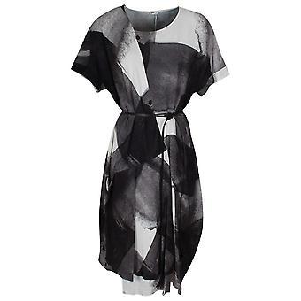 Crea koncepcja kropla rękaw drukowanych sukienka z paskiem