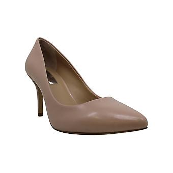 INC International Concepts Women's Shoes Zitah 5 Closed Toe Classic Pumps