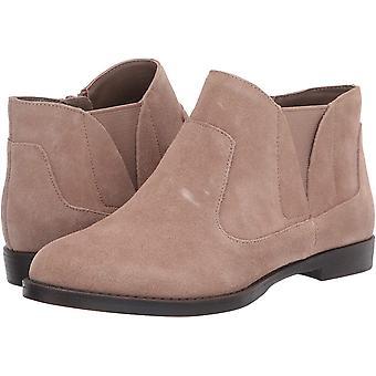 Bella Vita Women's Rory Ankle Bootie Boot