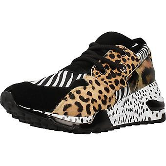 Steve Madden sport/Cliff Color Zebra sneakers