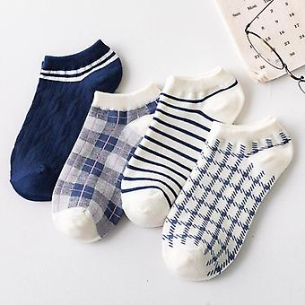 Sada pruhovaných kostkovaných kotníkových ponožek