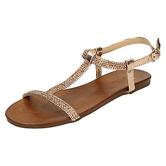 Ladies flekk på Flat Diamante t-bøylen sandaler F00031