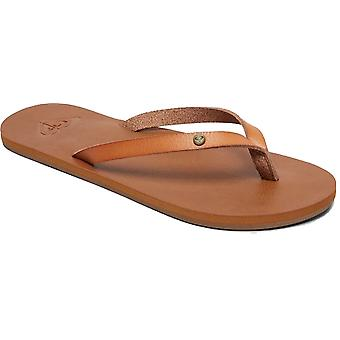 Roxy Jyll III Flip Flops in Tan