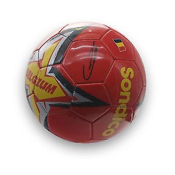 Kevin De Bruyne fichó al fútbol belga