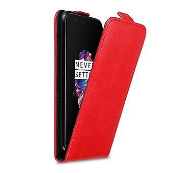 Cadorabo Hülle für OnePlus 5 Case Cover - Handyhülle im Flip Design mit Magnetverschluss - Case Cover Schutzhülle Etui Tasche Book Klapp Style