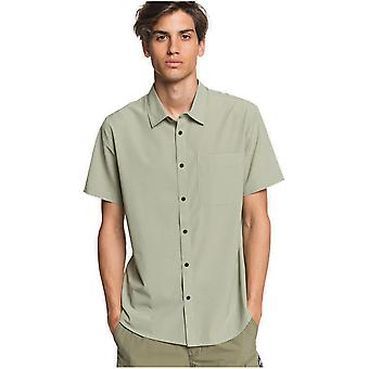 Quiksilver Tech Tides Short Sleeve Shirt in Seagrass