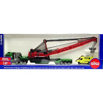 Siku super series heavy haulage transporter with excavator and service vehicle