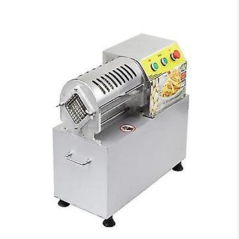 Máquina de corte de vegetais caseiro, cenouras divididas em tiras, fazer tiras de batata