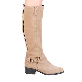 بيير كاردان المرأة الأحذية براون -- 4105930928