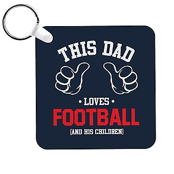 Este papá ama el fútbol y sus hijos Llavero