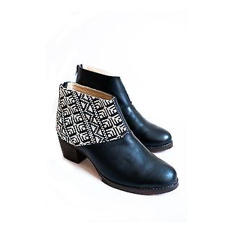 Tatreez Ankle Boot - Black And Ecru