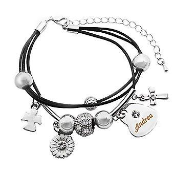 Kigu Andrea - Äkta läderarmband, med hjärtformat hänge pläterat i 18 karats vitt guld, med gravyr