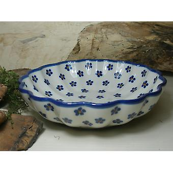 Dish, with a wavy margin, Ø 24 cm, height 6 cm, tradition 3, BSN 5610