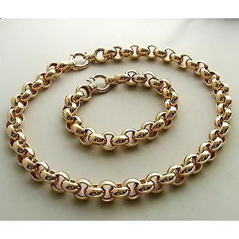 18 carat gold necklace and bracelet