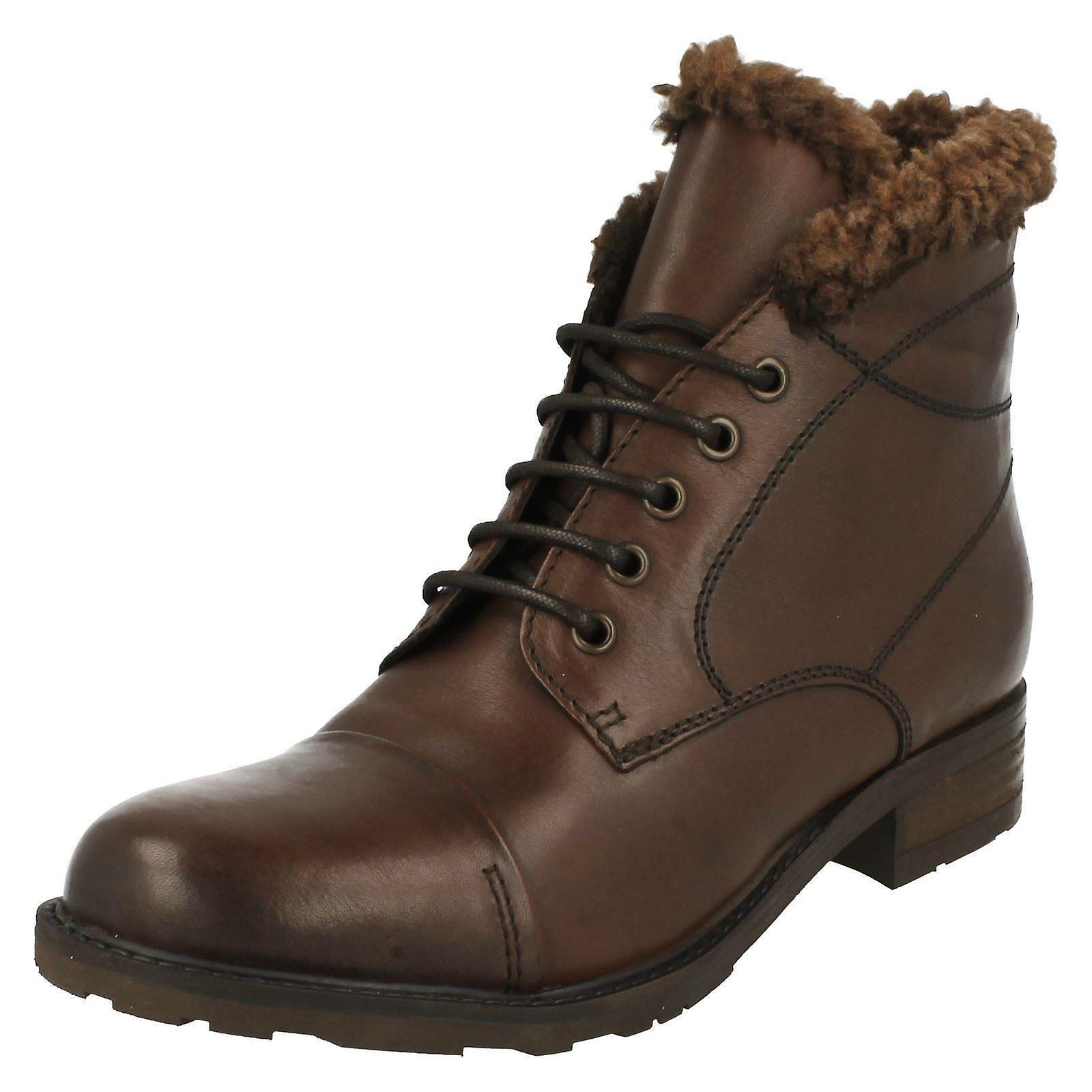 Ladies Clarks Fashion Ankle Boots Hayride Elm oCfWK