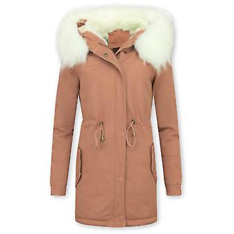 Long Winter Coat - With Large Faux Fur Collar - Pink