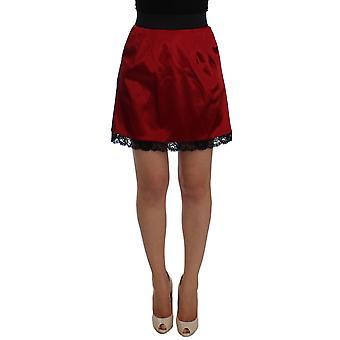 Dolce & Gabbana Czerwona czarna koronka A-Line Powyżej spódnicy na kolano