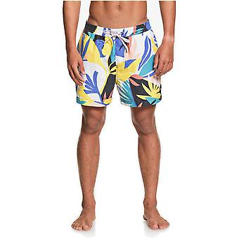 Quiksilver No Destination Volley 15 Elasticated Boardshorts in Snow White
