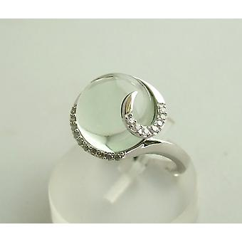 White gold ring with beryl and diamond