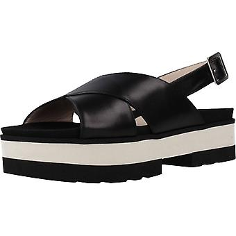 Gadea Sandals Axis1102 Color Black