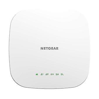 Netgear Insight administrert Smart Cloud Triband trådløst tilgangspunkt