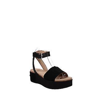UGG   Marchella Platform Sandals