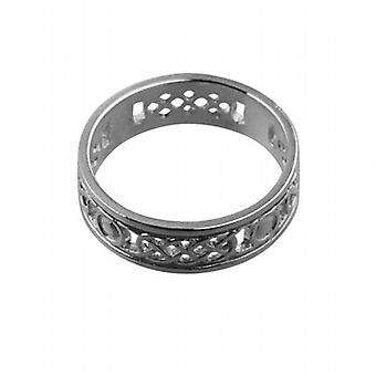 9ct White Gold 8mm Celtic Wedding Ring Size Z+1