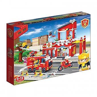 BanBao Interlocking Blocks Fire Station 7101 (828 Pcs)