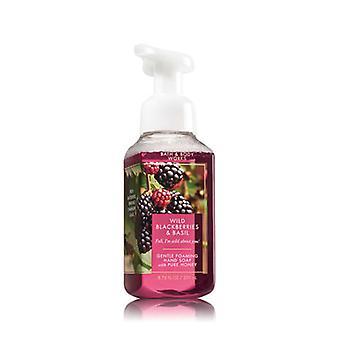 Bain et corps travaille mûres sauvages et basilic Gentle Hand Soap 8,75 oz / 259 ml ( 2 Lot )