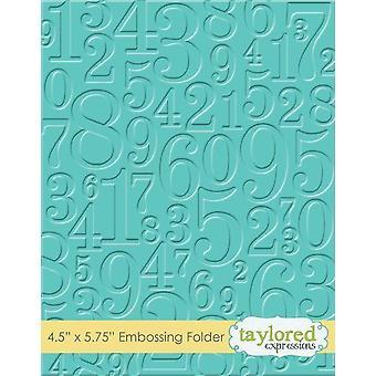 Taylored-expressies nemen een map met reliëf van een nummer