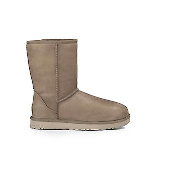 UGG CLASSIC SHORT LEATHER FEATHER BOOT