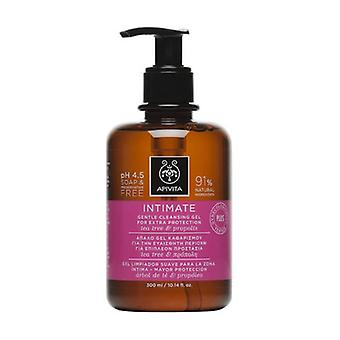 INTIMATE DAILY GENTLE CLEANSING GEL with chamomile & propolis 300 ml of gel