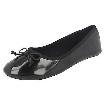 Girls Spot On Flat Ballet Shoes With Bow Detail