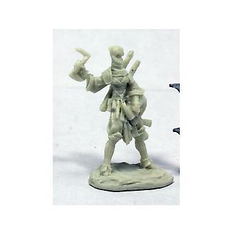 Reaper Miniatures Bones Pathfinder Reiko, Iconic Ninja