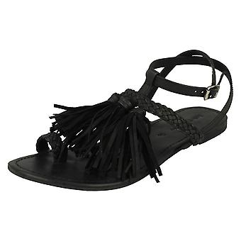 Ladies Leather Collection Flat Tassel Sandals F0950