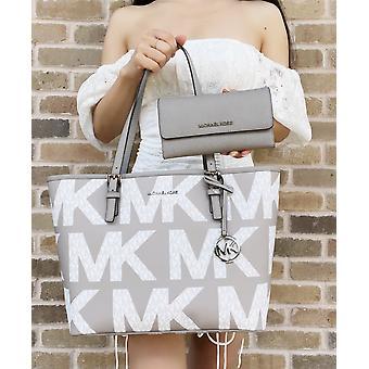 مايكل كورس متوسطة carryall شعار الرسم الأبيض MK + لؤلؤة رمادية ثلاثية المحفظة