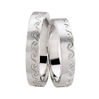 Decorated white gold wedding rings