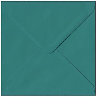 Krikand grøn gummierede 155mm kvadratiske farvet grøn konvolutter. 135gsm GF Smith Colorplan papir. 155 mm x 155 mm. bankmand stil kuvert.