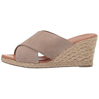 André Assous Women's Amber Espadrille Wedge Sandal